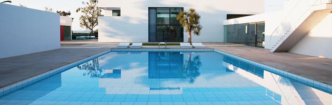 Dubai swimming pool company professional swimming pool - Swimming pool construction companies in uae ...